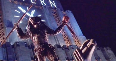 "The Predator hunting human for sports in the crime-infested Los Angeles in ""Predator 2"" (1990)"