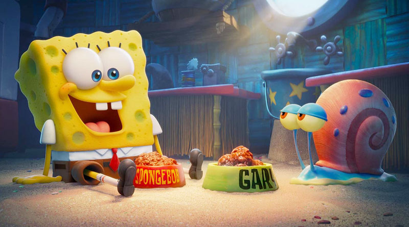 """SpongeBob (voiced by Tom Kenny) and Gary the snail in """"The SpongeBob Movie: Sponge on the Run"""" (2020)"""