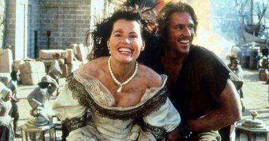 "Geena Davis and Matthew Modine in ""Cutthroat Island"" (1995)"