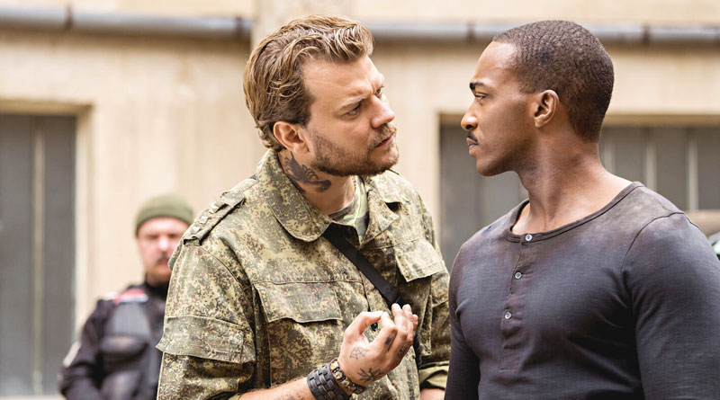 """Anthony Mackie and Pilou Asbæk in Netflix's """"Outside the Wire"""" (2021)"""