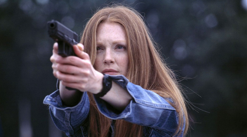 "Julianne Moore as Clarice Starling in ""Hannibal"" (2001)"