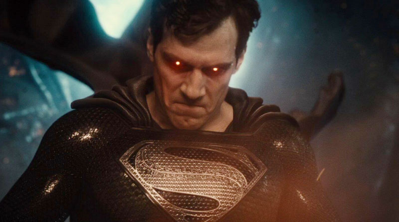 """Superman (Henry Cavill) in black suit in Zack Snyder's """"Justice League"""" (2021)"""