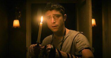 """Dave Davis as Yakov in Keith Thomas' """"The Vigil"""" (2021)"""