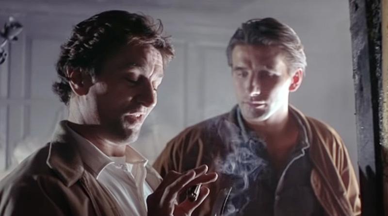 """Robert De Niro and William Baldwin in """"Backdraft"""" (1991)"""
