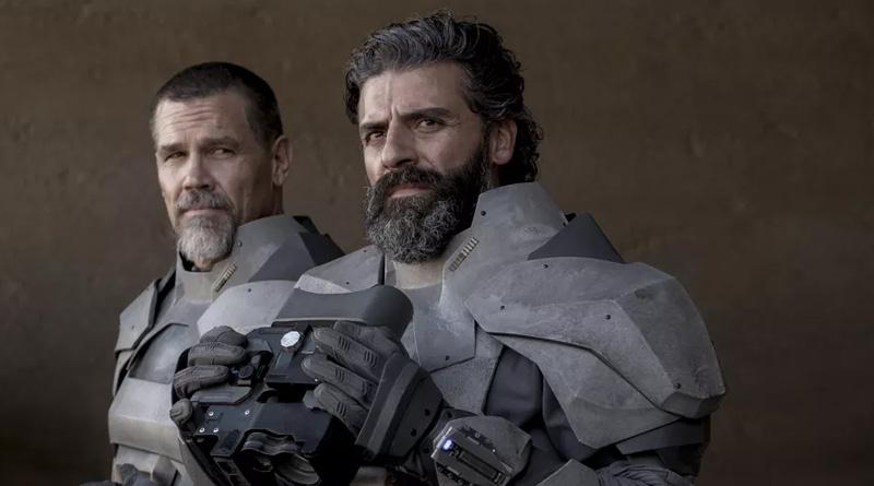 "Oscar Isaac and Josh Brolin in ""Dune"" (2021)"
